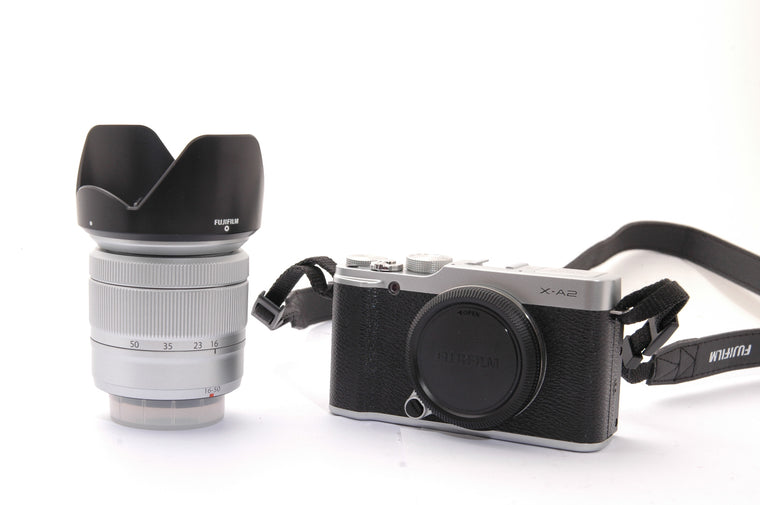 Used Fujifilm X-A2 with XC 16-50mm f/3.5-5.6 OIS II Lens