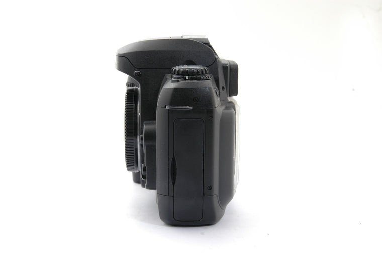 Used Nikon D100 Camera Body - Black