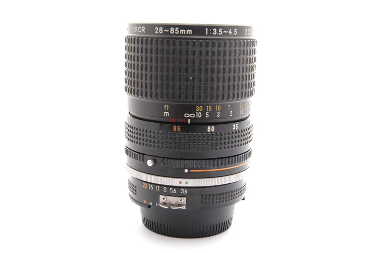 Used Nikon Zoom-Nikkor 28-85mm f3.5-4.5 Lens