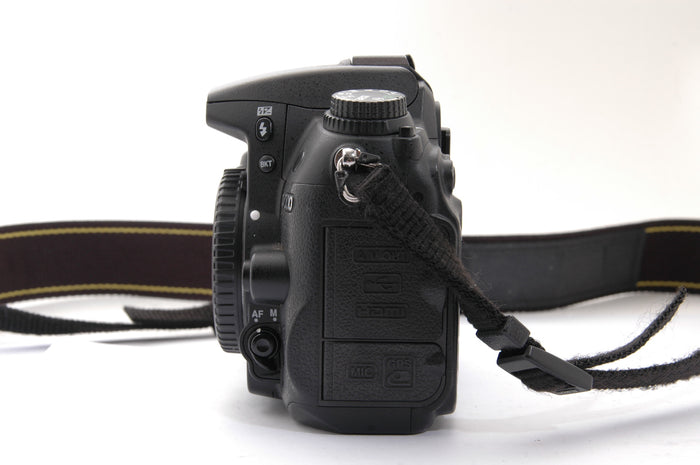 Used Nikon D7000 Camera Body - Black