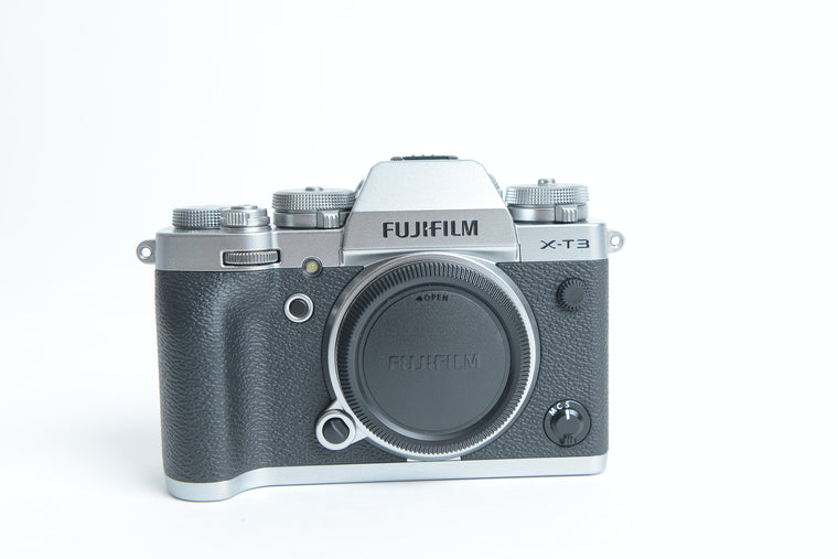 Used Fujifilm X-T3 Camera Body - Silver