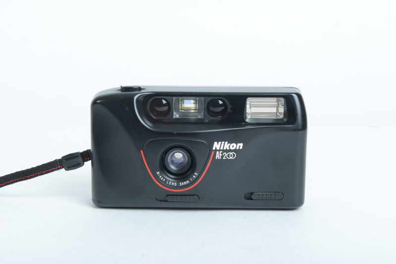Used Nikon AF 200 35mm Film Camera - Black