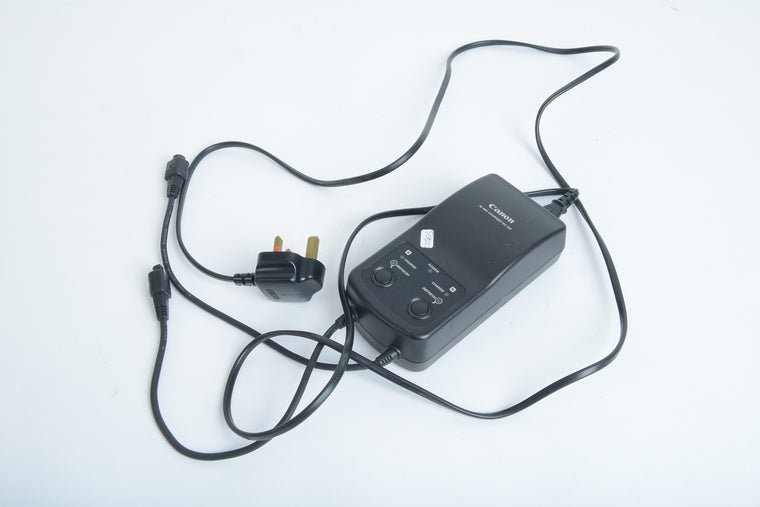 Used Canon NC-E2 Charger