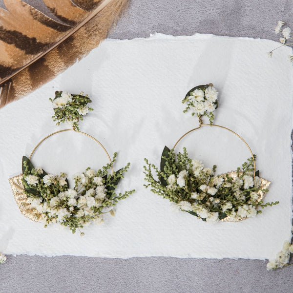 Greenery flower circle earrings Baby's breath clip on earrings Bridal stud earrings Gypsophila Wedding 2021 Hoops Natural Preserved Magaela