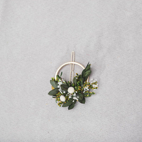 Greenery flower hair clip Bridal hair clasp Snap clip for flower girl Green and white headpiece Back to school Customisable Wedding 2021