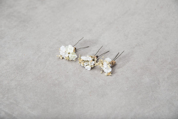 Set of 3 white flower hairpins Communion flower hairpin for girl Headpiece Magaela accessories Hair pin for flower girl 2021 First communion