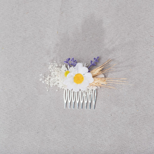 Meadow daisy flower hair comb Purple Lavender flower comb Bridal headpiece Meadowy wedding Spring 2021 Hair flowers White and yellow Magaela