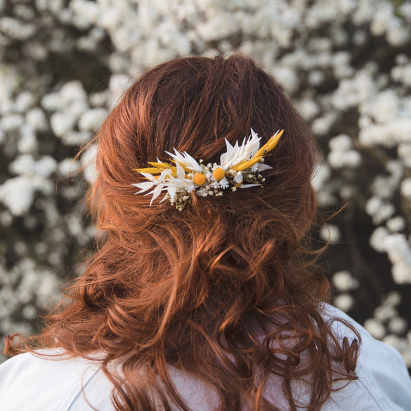 Bridal flower hair comb in yellow and white colours Preserved baby's breath Ochre bridal comb Wedding hair flowers Ivory flower comb Magaela