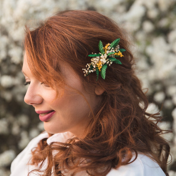 Natural flower hair comb with ferns Bridal baby's breath comb Magaela Wedding 2021 Green and Yellow hair comb Wedding accessories Gypsophila