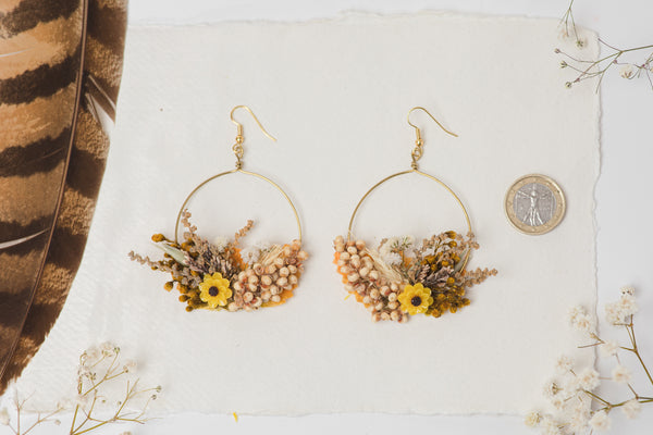 Flower earrings for bride in earthy colours and yellow accent Circle floral earrings 2021 Wedding dangle earrings Handmade dried flower jewelry Magaela