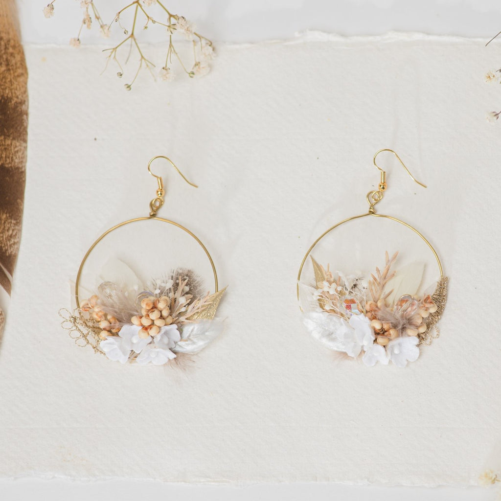 Glamour 2021 wedding white and golden flower earrings Glam Bridal Circle dangle earrings Handmade dried flower jewelry Magaela