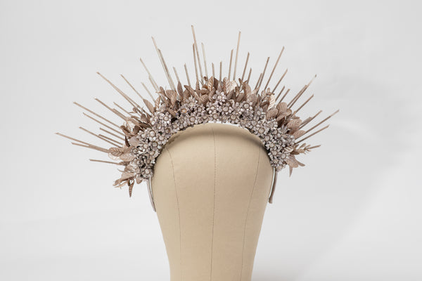 Small bridal halo crown Spiked crown for bride Rose gold flower crown Beyonce sun ray crown Magaela Handmade Spikes Headband 2021 wedding