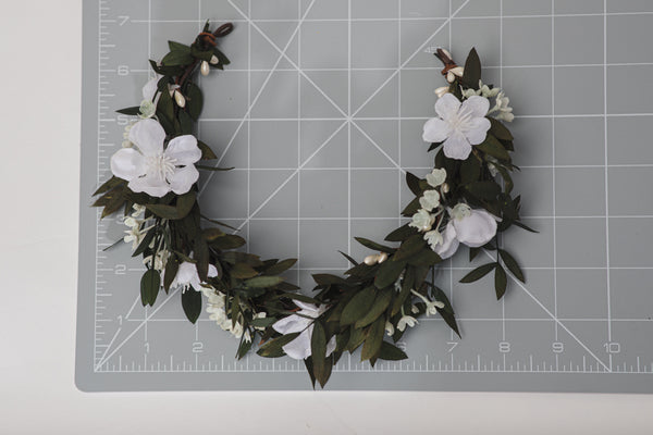 Bridal half wreath in green and white colours Customisable Wedding accessories Hair flowers Jewelry for bride Natural flower wreath Magaela