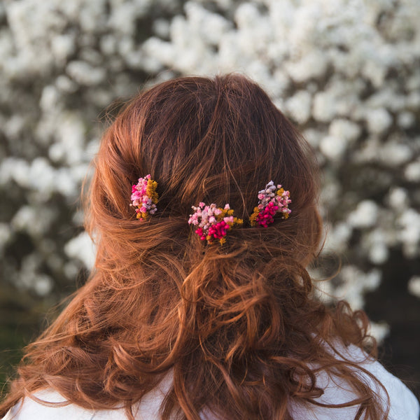 Pink flower hair pin Fuchsia bridal hair pins Preserved baby's breath Dried flower Natural bridal headpiece Magaela Ochre hair flowers