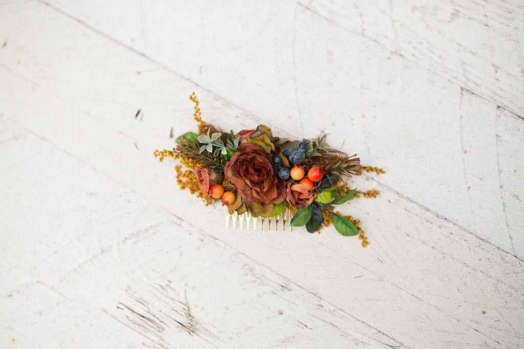 Floral hair comb in natural color Flower hair comb Hair comb inspired by autumn Hair flowers Wedding comb Bridal hair fashion accessories
