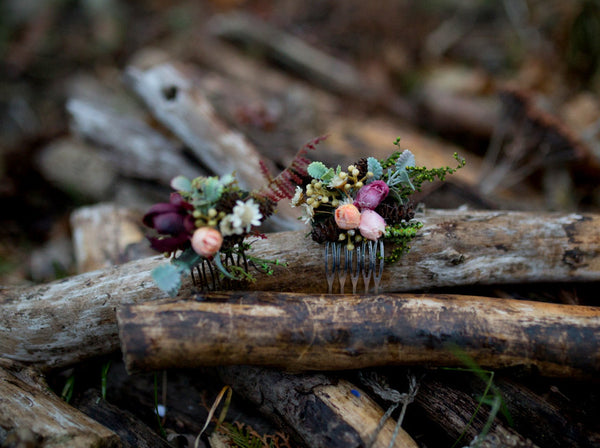 Flower hair comb Woodland style Nature Wedding hair comb Flower hair comb Mini hair comb Bridal hair fashion accessories