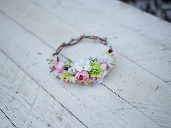 Spring hair wreath Half wreath Wreath in fresh colors Green Pink White Floral half wreath Flower crown Floral headband  Hair jewellery