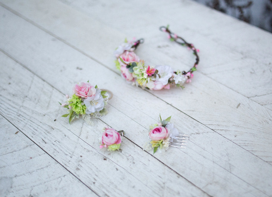 Set of four flower accessories Spring flower set Flower ring Hair tie Hair half wreath Hair mini comb Fresh spring colors