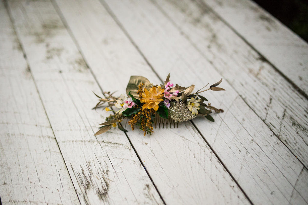 boho wedding Gold hair hair comb Wedding comb with gold details Bridal comb Bride hair jewellery halo wedding