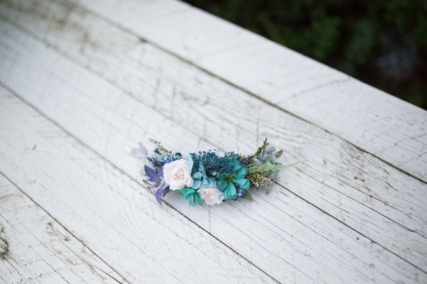 Winter wreath with blueberries Floral quarter wreath Romantic wedding quarter wreath Quarter wreath in blue tones Wedding hair accessories