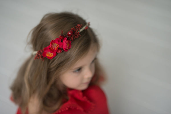 Christmas wreath Autumn wreath Hair wreath with rosehips Children hair wreath Children wreath in red Hair wreath for flowergirl