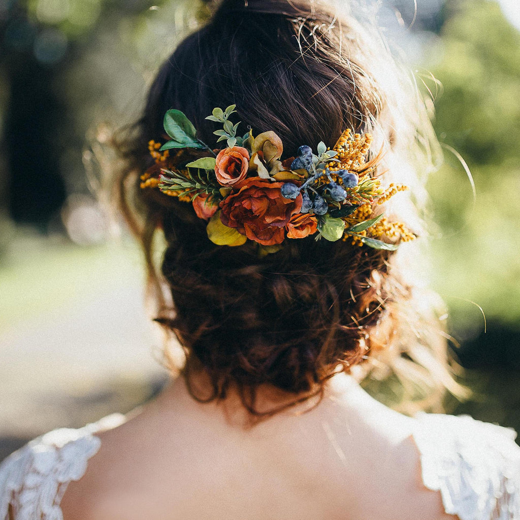 Autumn hair comb with blueberries Customisable Flower hair comb inspired by autumn Wedding comb Fall Bridal hair fashion accessories