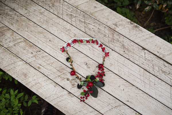Wedding necklace with berries Colourful flower neklace Choker Floral necklace Handmade necklace Necklace with lace Magaela jewellery