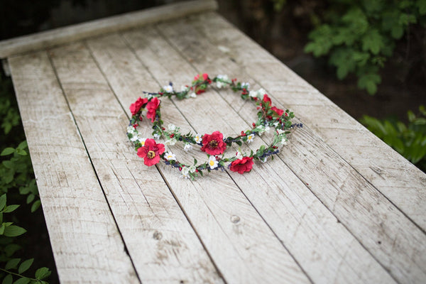 Meadowy floral hair garland  Red and white garland Wedding accessories Hair flowers Magaela accessories Fashion Bride