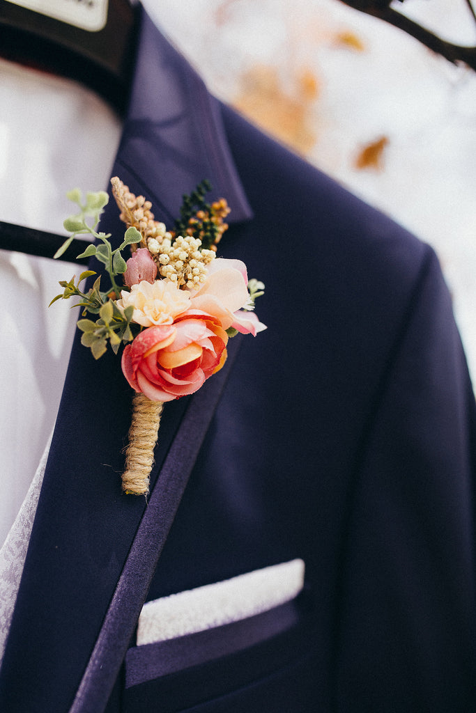 Romantic boho boutonniere in bright colours combination Magaela Wedding boutonniere Handmade groom's boutonniere Wedding accessories