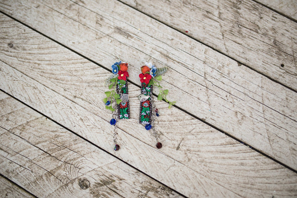 Folk earrings Wedding floral earrings Wedding accessories Wedding jewellery Magaela accessories Handmade Flower dangle earrings