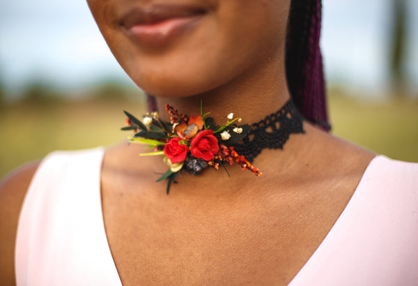 Wedding necklace flowe neklace Choker Red choker Floral necklace on black lace  Handmade necklace Necklace with lace Magaela jewellery
