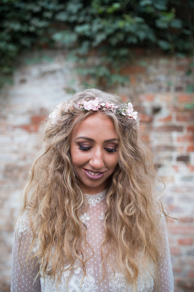 Boho hair wreath Simple hair crown Flower crown Wedding flower wreath Bridal wreath Boho style Romantic crown Magaela accessories Handmade