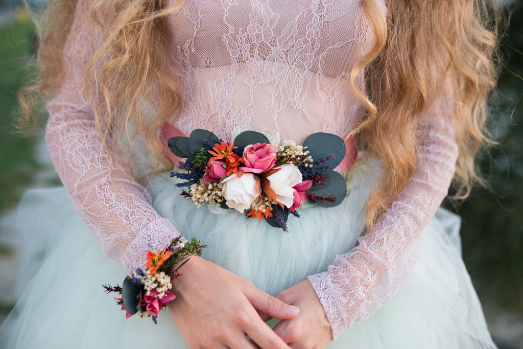 Wedding boho belt on ribbon with preserved leaves Bridal belt Floral belt Wedding sash Bridal accessories Magaela Belt for bride Romantic
