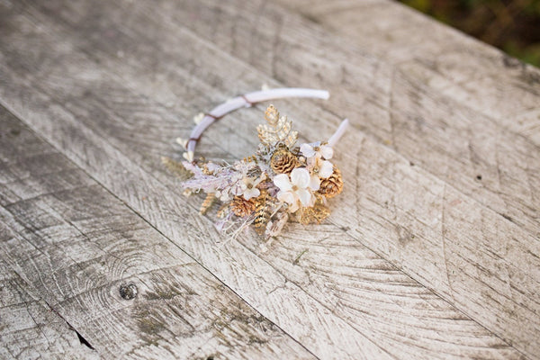White winter headband with golden details Winter hairband Wedding headband Bridal hairband Floral accessories Wedding accessories Magaela