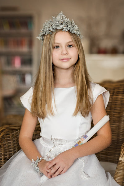 Silver/grey hair crown for first holy communion White floral wreath Floral accessories Hair accessories Magaela Handmade Hair crown handmade