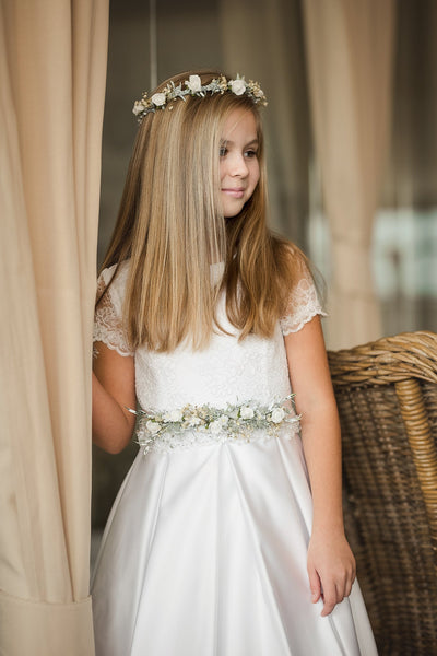 First holy communion floral belt with pearls Bridesmaid belt Magaela accessories White floral belt Accessories Holy communion Flower belt