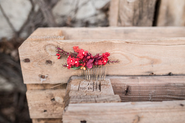 Red hair comb Floral Hair comb Bridal accessories Hair flowers Handmade hair comb Wedding comb Bridal hair fashion accessories