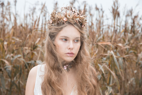 Luxury floral wedding hair crown Golden bridal hair vine Bridal wreath Wedding headband Bridal hair piece Wedding accessory Magaela