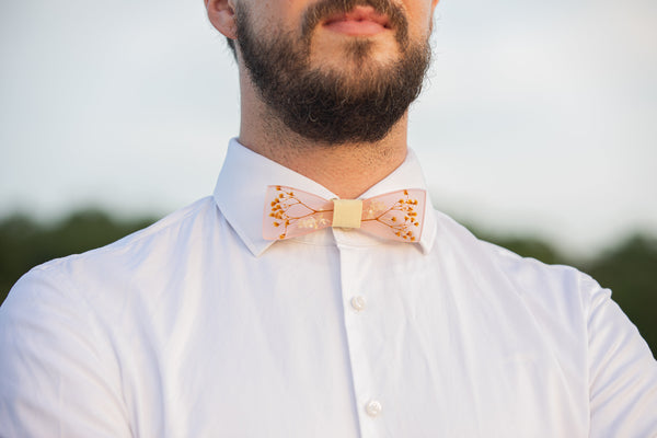 Bow tie with baby's breath Men's accessories Neckties Wedding accessories Floral bow tie Wooden bow tie Magaela accessories Resin