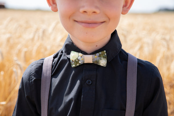 Children's white and ivory resin bow tie for boy Men's accessories Wedding accessories Floral wooden bow tie Magaela accessories Resin