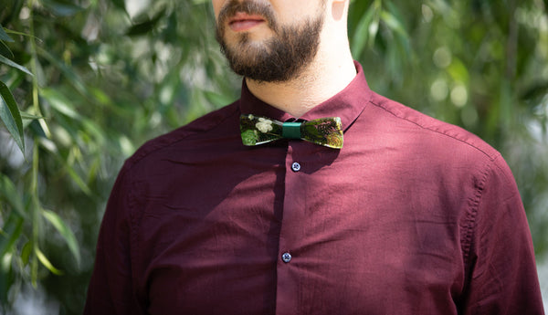Greenery wooden resin bow tie with fern and succulents Men's accessories Wedding accessories Floral wooden bow tie Magaela accessories Resin