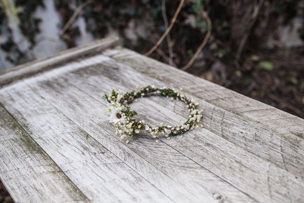 Wedding flower crown with baby's breath Bridal hair wreath Floral wreath Bridal accessories Meadowy hair crown Beige hair wreath Magaela