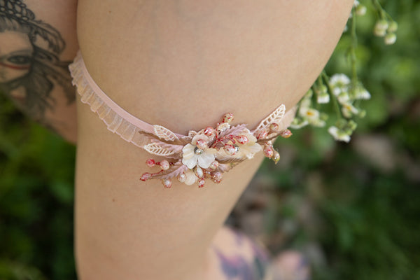 Elegant wedding garter Rose gold bridal floral garter Handmade pink garter Beige garter Ivory wedding garter Magaela accessories