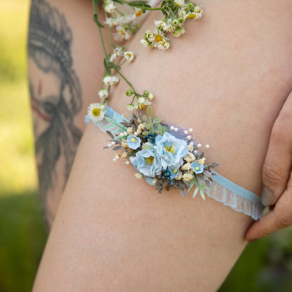 Blue and ivory wedding garter Bridal floral garter Handmade garter for bride Ivory wedding garter Magaela accessories Light blue garter
