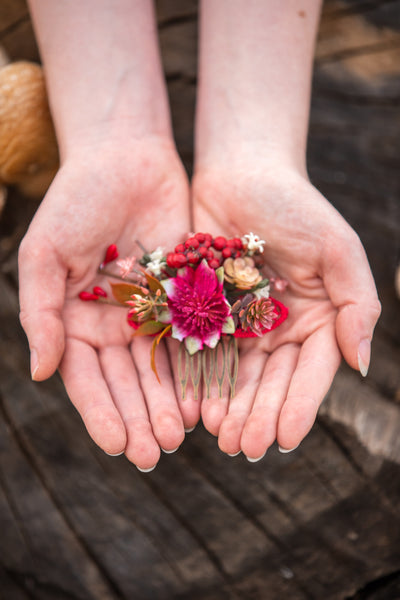 Woodland mini hair comb Red flower hair comb Bridal accessories Hair comb Magaela accessories Hair flowers Autumn hair comb Wedding comb