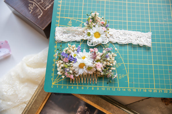Romantic wedding garter on lace Elegant bridal garter Wedding accessories Flower garter for bride Meadowy bridal garter Magaela accessories
