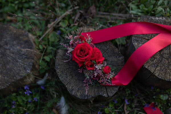Red flower belt Wedding belt with red roses Bridal flower belt Burgundy wedding sash Bridal sash Magaela accessories Belt for bride
