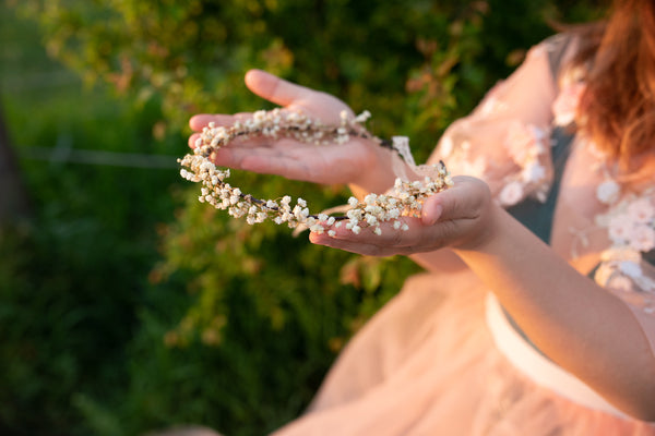 Baby's breath flower crown Natural bridal hair wreath Preserved baby's breath crown Wedding accessories Crown for bride Magaela Flower vine