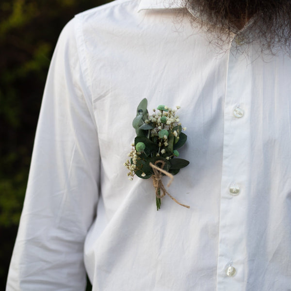 Greenery groom's boutonniere Wedding boutonniere Flower accessories Eucalyptus boutonniere Flower buttonhole Groomsmen Magaela accessories