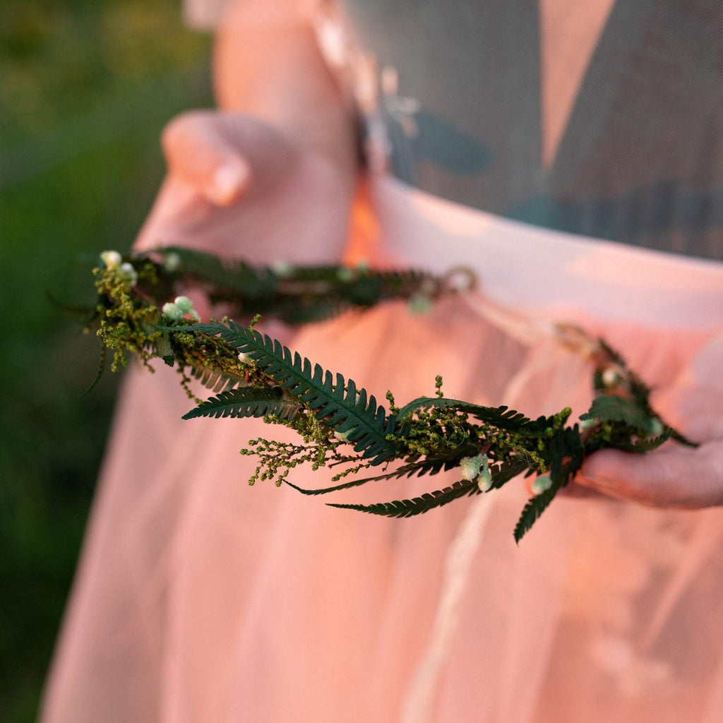 Greenery flower crown with ferns Bridal accessories Greenery wedding Woodland style crown Fern hair wreath Fairy Magaela accessories